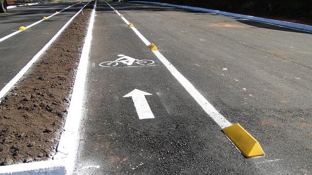 bike-path-173964_640.jpg