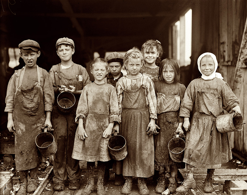lewis-hine-child-labor-lil-shuckers-1912.jpg